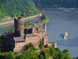 Schifffahrt auf dem Mittelrhein
